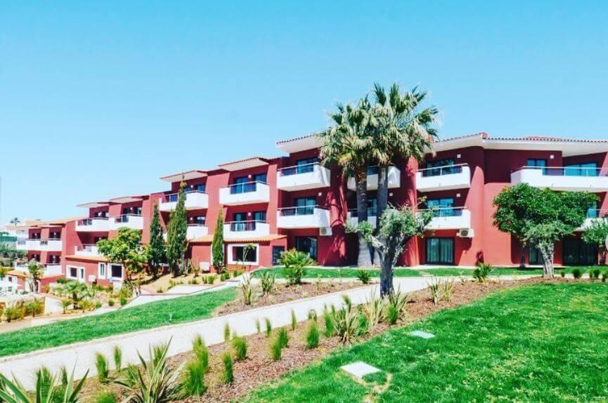 Topázio Mar Beach Hotel & Apartments