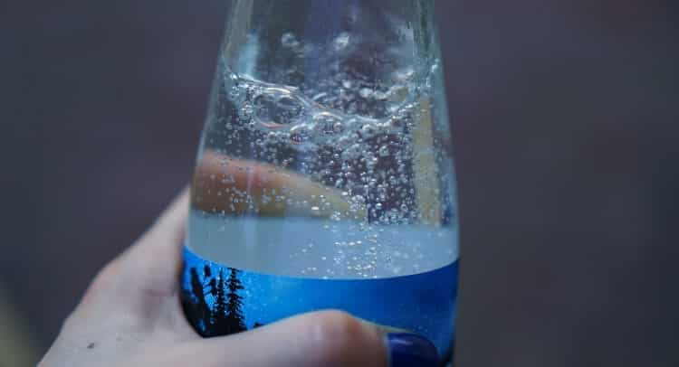 agua-com-gas