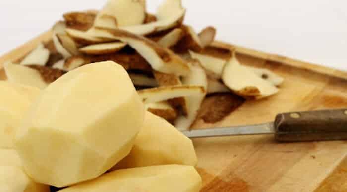 batatas descascadas