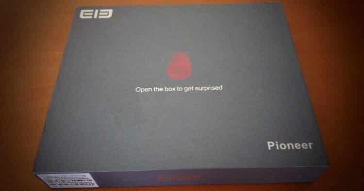 caixa-elephone-p7000