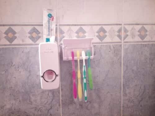 dispensador-pasta-dentes (1)