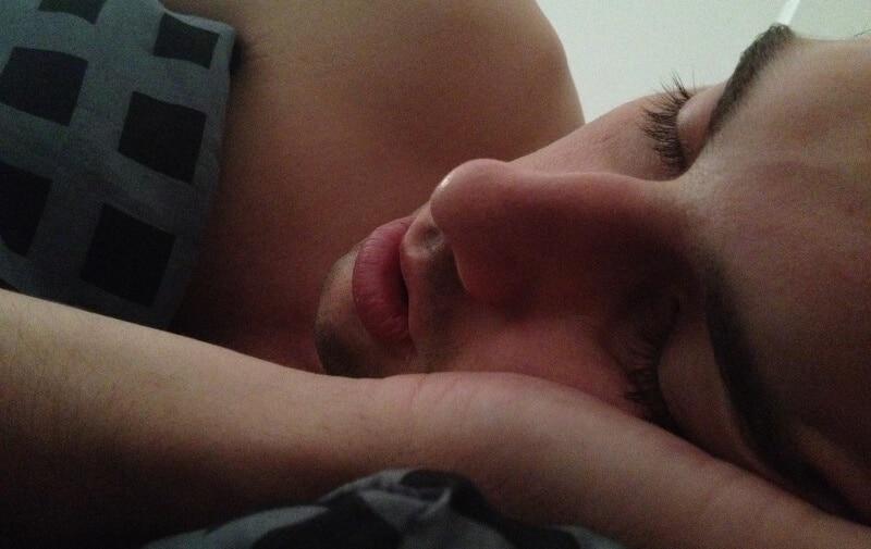 Homem a dormir