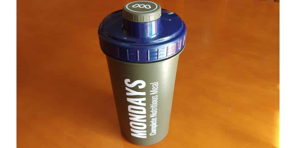 Mondays - Shaker