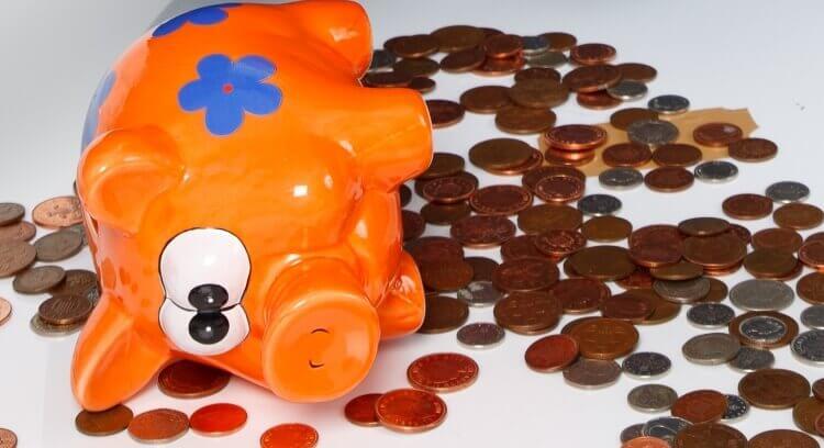 porco-mealheiro-moedas